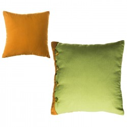 """Cojín bicolor new living colors"""" 40 x 40 cm verde y naranja con botones a juego."""""""