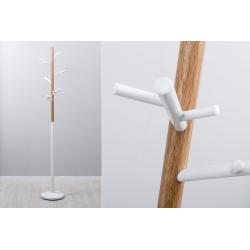 Perchero de pie nordico acabado madera natural 180 cm .