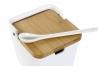 Salero blanco cerámica con tapa de bambú 11x13x12 cm