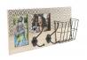 Perchero portafoto pared madera original boho , decorada cesta metal .